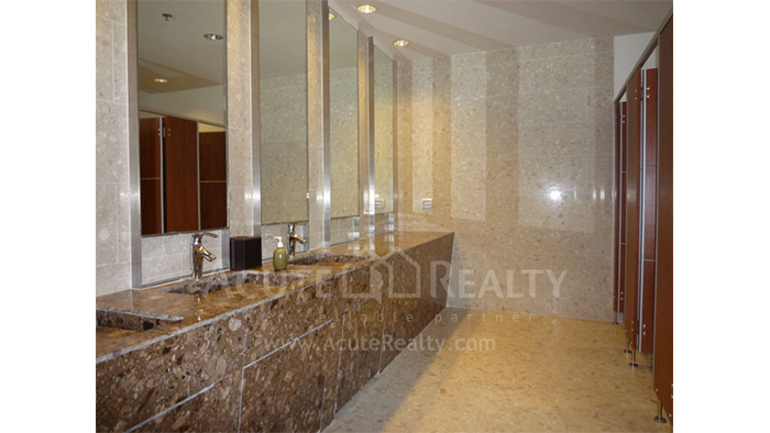Condominium  for sale & for rent The Empire Place  Narathiwas Rd. image22