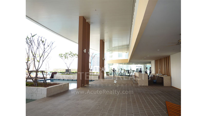 Condominium  for sale & for rent The Empire Place  Narathiwas Rd. image29