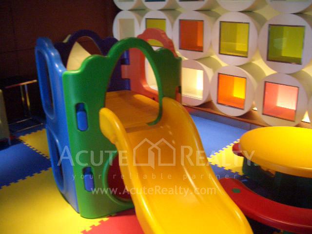 公寓  for sale & for rent The Emporio Place Sukhumvit 24 image32