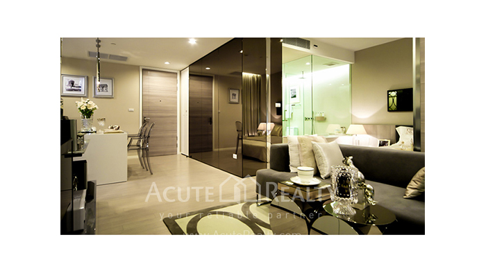 Condominium  for sale The Room Sukhumvit 21 Asoke image1