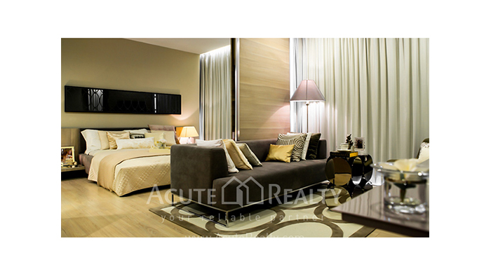 Condominium  for sale The Room Sukhumvit 21 Asoke image3