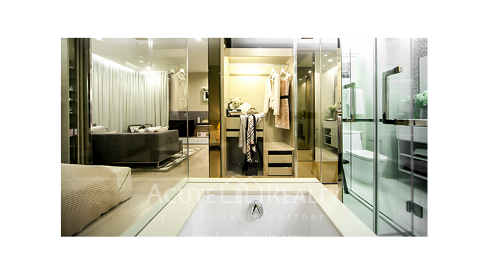 Condominium  for sale The Room Sukhumvit 21 Asoke image5