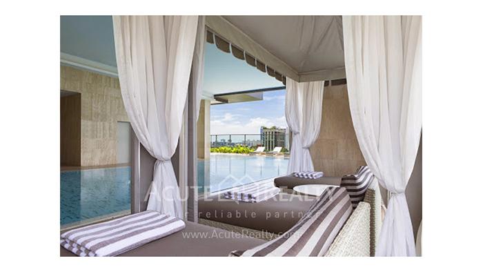 Condominium  for sale Oriental Residence Wireless road image14