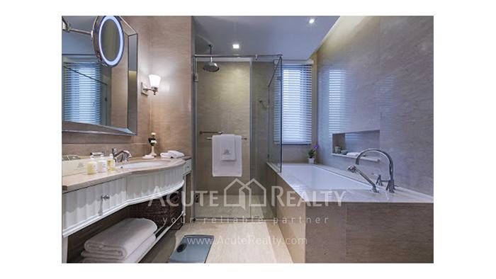 Condominium  for sale Oriental Residence Wireless road image17