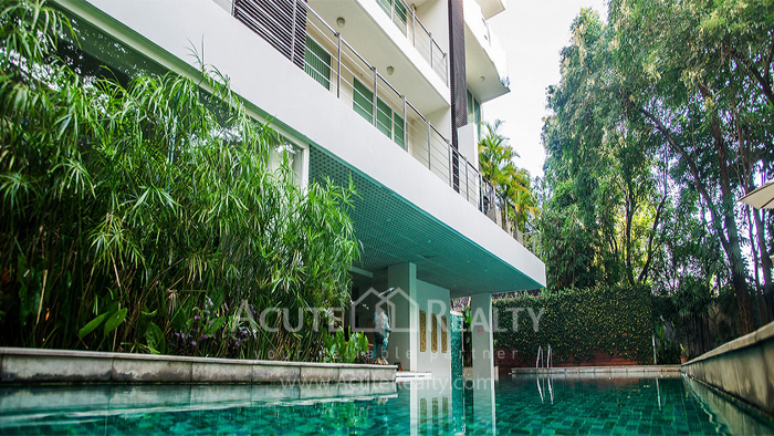 Condominium  for sale Peaks Garden Changklan image17